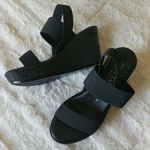 Italian Shoemakers black wedges size 8